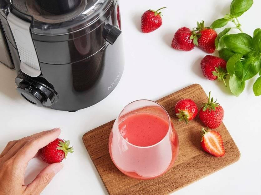Nordic Juicer jordgubbar